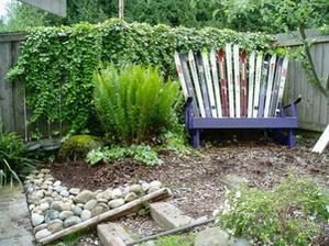 Преображение старой садовой мебели